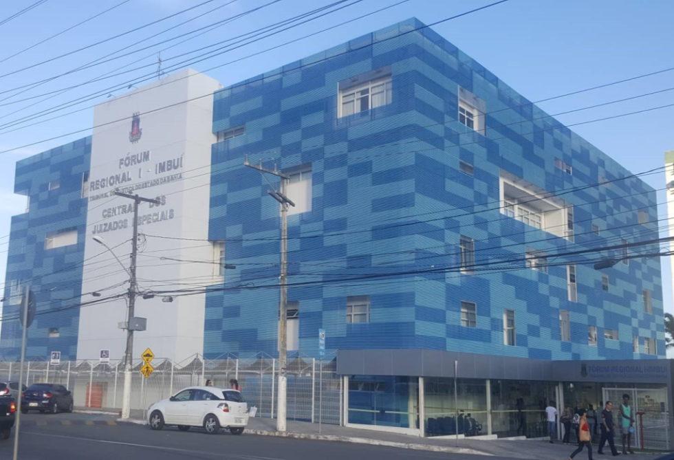 Remodelación fachada edificio con panel Aluacero